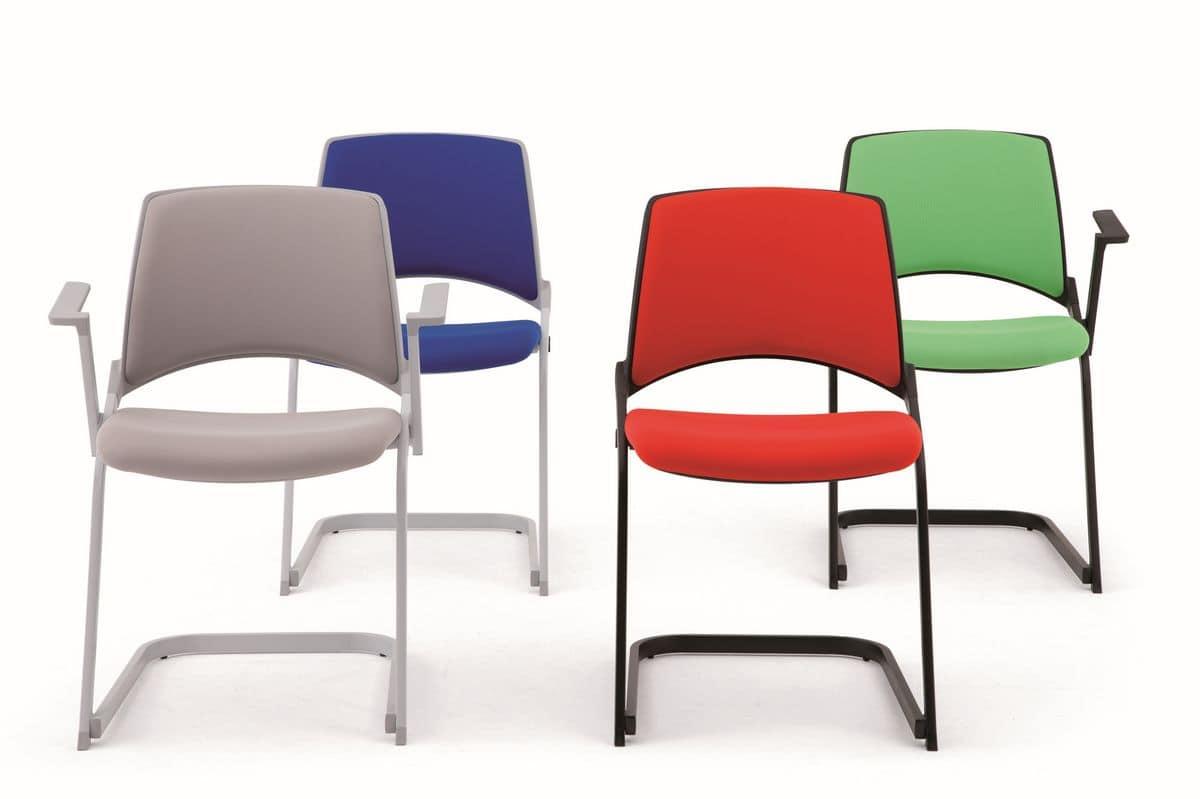 Sedia con base a slitta attrezzabile con braccioli e for Sedie design con braccioli