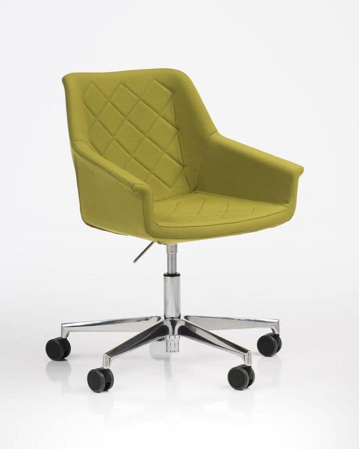 Sedia imbottita con ruote per ufficio girevole moderna for Sedia ufficio ruote