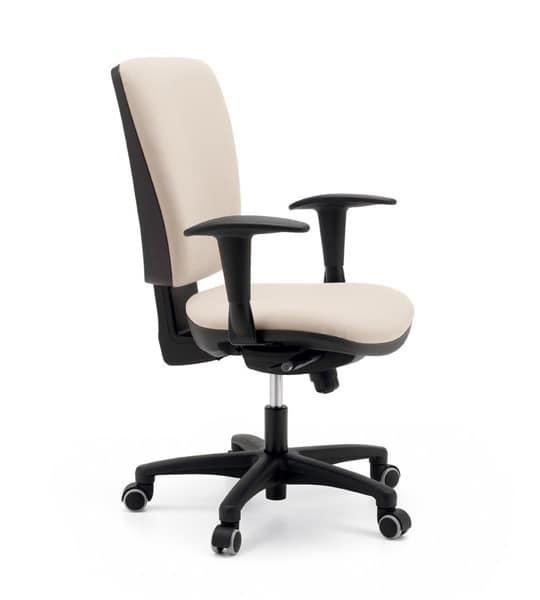 Sedia ergonomica ed imbottita per ufficio base con ruote for Sedia ufficio ruote