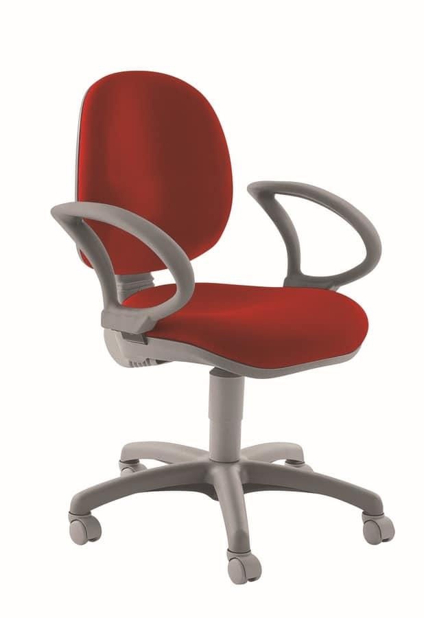 Sedia ergonomica con braccioli per ufficio idfdesign for Sedie ufficio