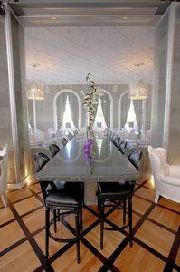 575 Rotondo, Sgabello da bar in stile classico di lusso