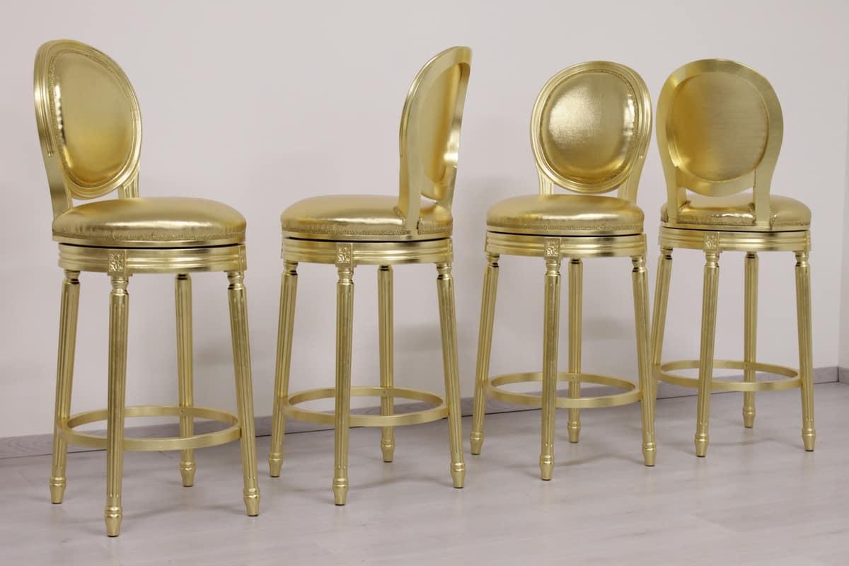 Sgabello con seduta girevole finitura oro idfdesign