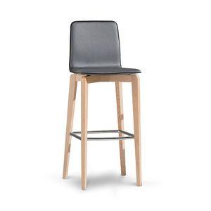 1121, Sgabello in legno con poggiapiedi in metallo, con schienale