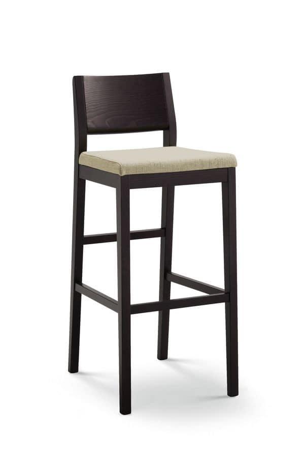 Sgabello in legno seduta imbottita per pub e bar idfdesign for Sgabelli bar legno