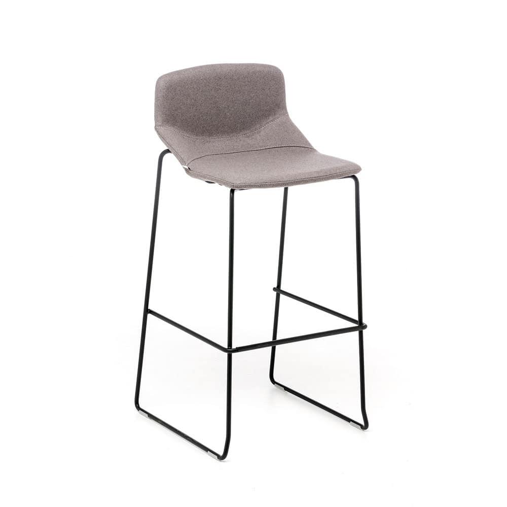 Sgabello con seduta tappezzata, per cucina e bar | IDFdesign