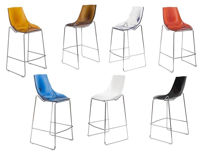 Sgabello design in plastica e tondino cromato per alberghi idfdesign - Sgabelli in plastica per bagno ...