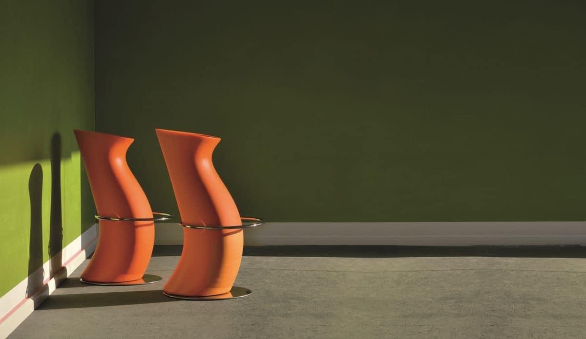 Sgabello moderno in polietilene per locali alla moda idfdesign