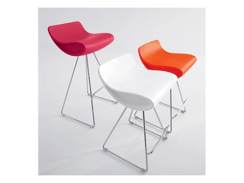 Sgabello design fisso con gambe cromate per albergo idfdesign