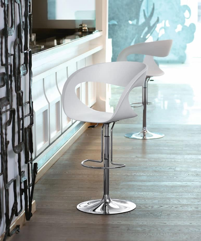 Sgabello design con altezza regolabile per cucine e bar for Sgabelli cucina regolabili