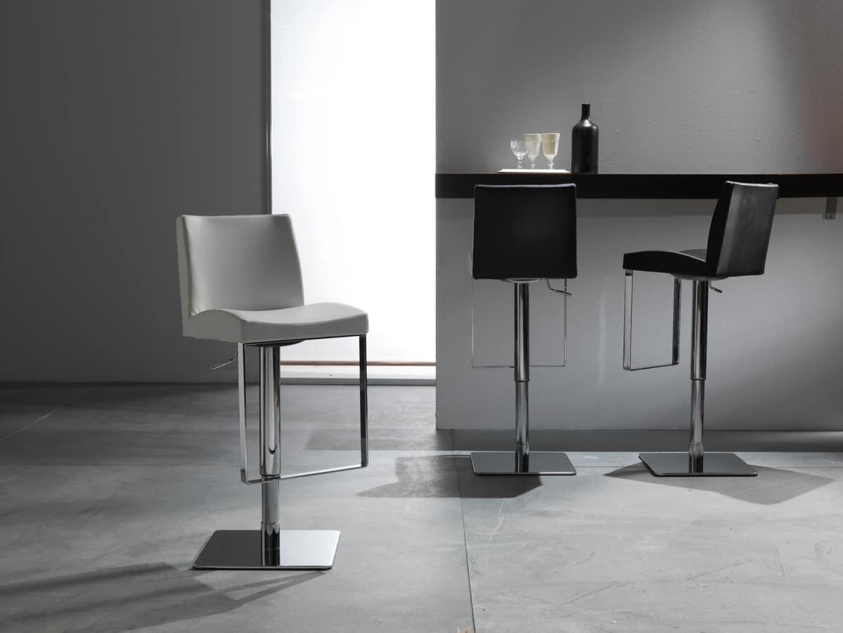 Elegante sgabello con seduta in pelle regolabile in altezza
