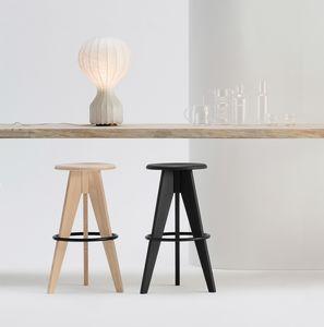 ART. 308 TURN, Sgabello fisso con seduta tonda, in legno