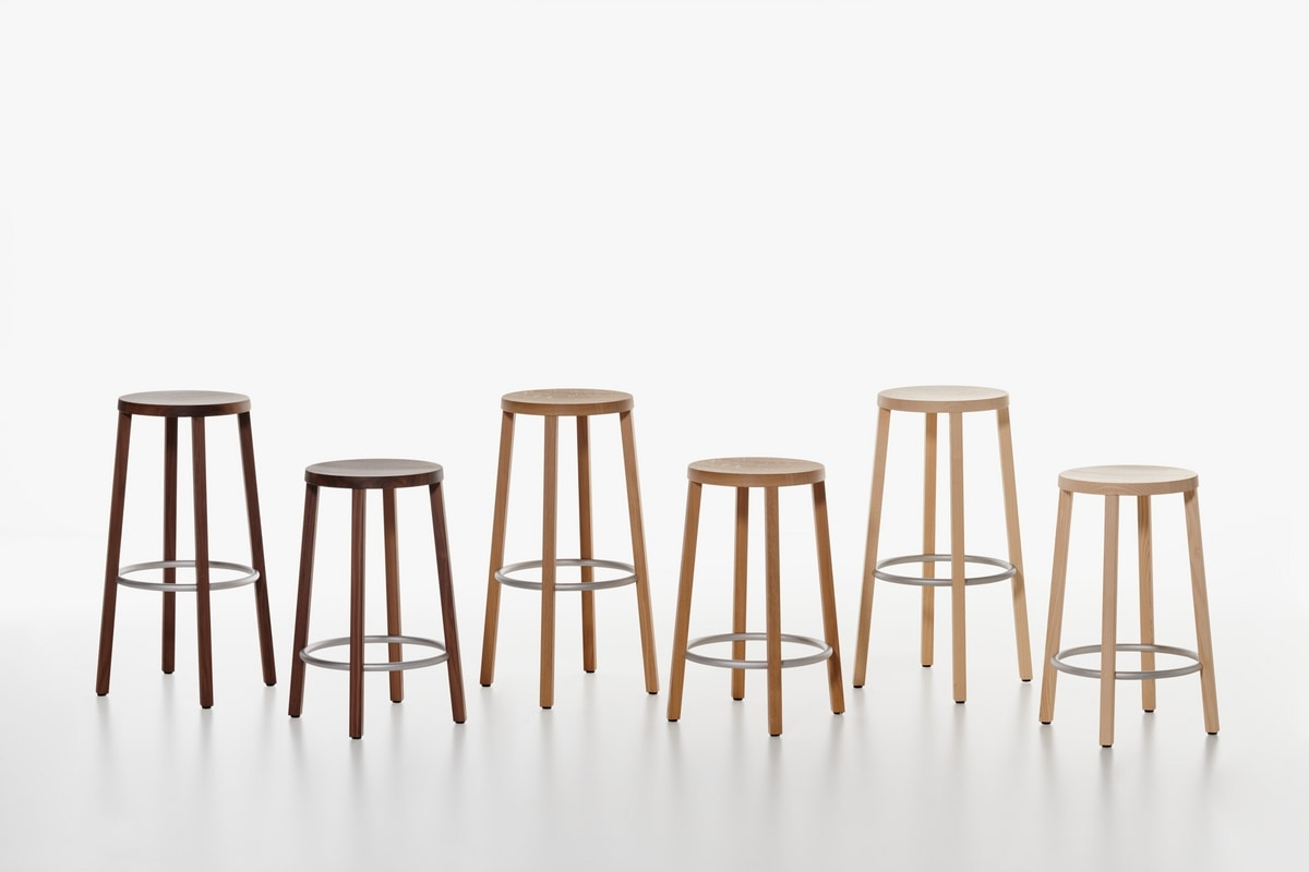 Sgabello essenziale in legno alto design per cucina idfdesign