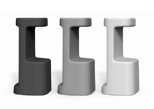 Sgabelli in plastica per esterni idfdesign