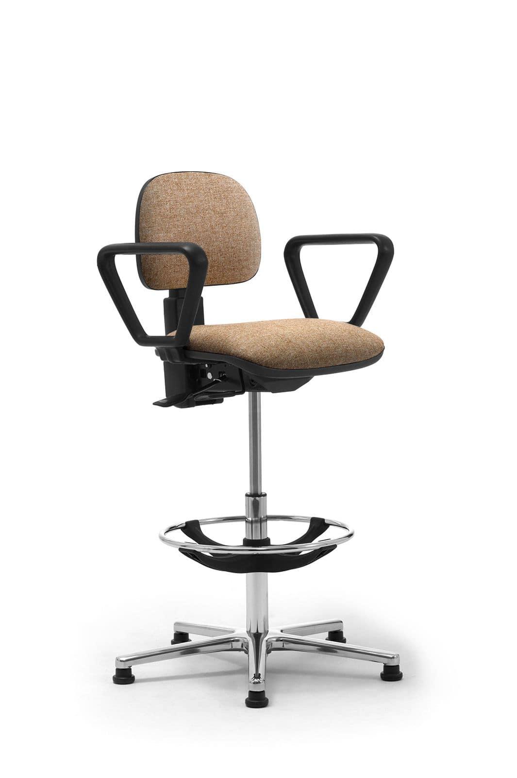 Sgabelli operativi con seduta e schienale imbottiti for Reception per ufficio