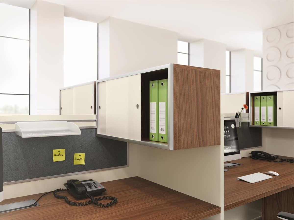 Composizione di mobili per ufficio, contenitori con ante scorrevoli ...
