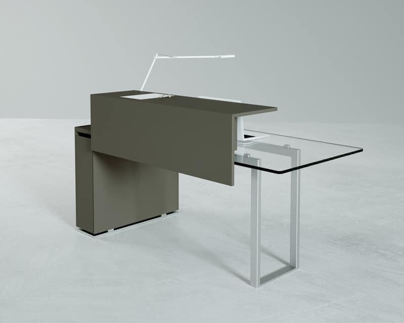 Bancone da reception con piano in vetro e base in metallo for Dau srl design arredo ufficio