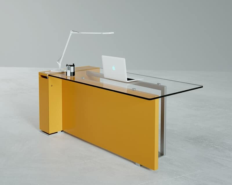 Bancone da reception con piano in vetro e base in metallo for Reception da ufficio