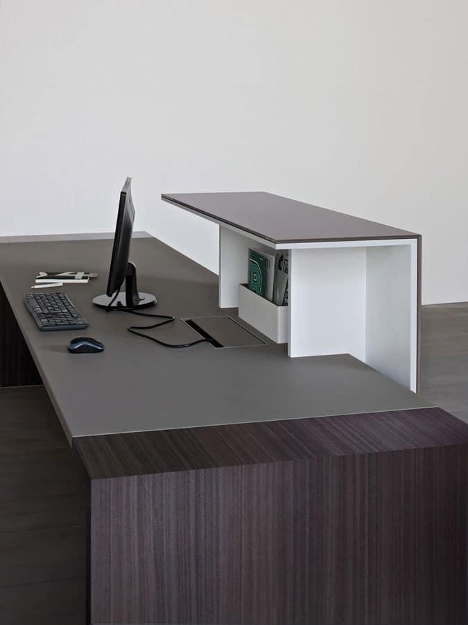 Contenitori e banconi per reception arredo per ingresso for Dau srl design arredo ufficio