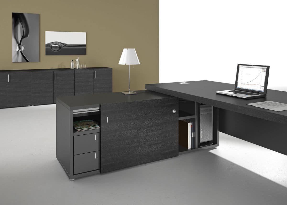 Arredamento per uffici direzionali in stile moderno for Arredamento ufficio design