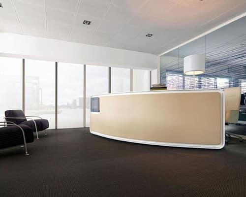 Tavoli ufficio vega bancone reception for Arredo reception