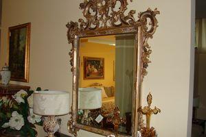 Art. 157, Specchiera in stile fiorentino, intagliata a mano