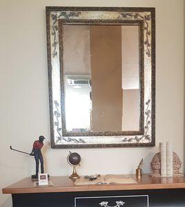 Art. 174, Specchio con cornice foglia oro