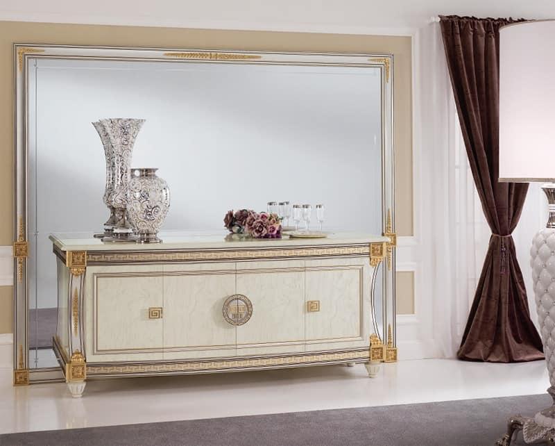 Liberty specchiera, Specchiera dalle generose dimensioni, elegante quanto raffinata, con cornice in legno intagliato