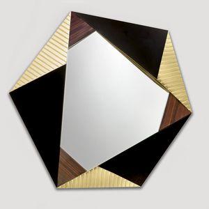 Ariel AR220, Specchiera esagonale con cornice in legno
