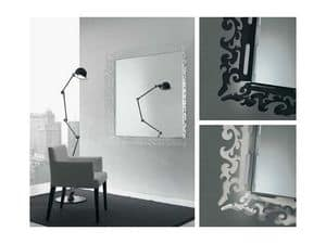 k199 mirror, Specchio con cornice decorata in plexiglass