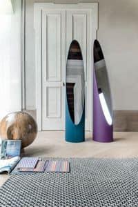KOLONAKI, Specchio a terra con struttura rivestita in pelle