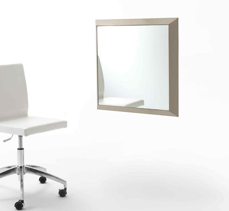 Rex Q, Specchio con cornice rivestita in cuoio, vari colori