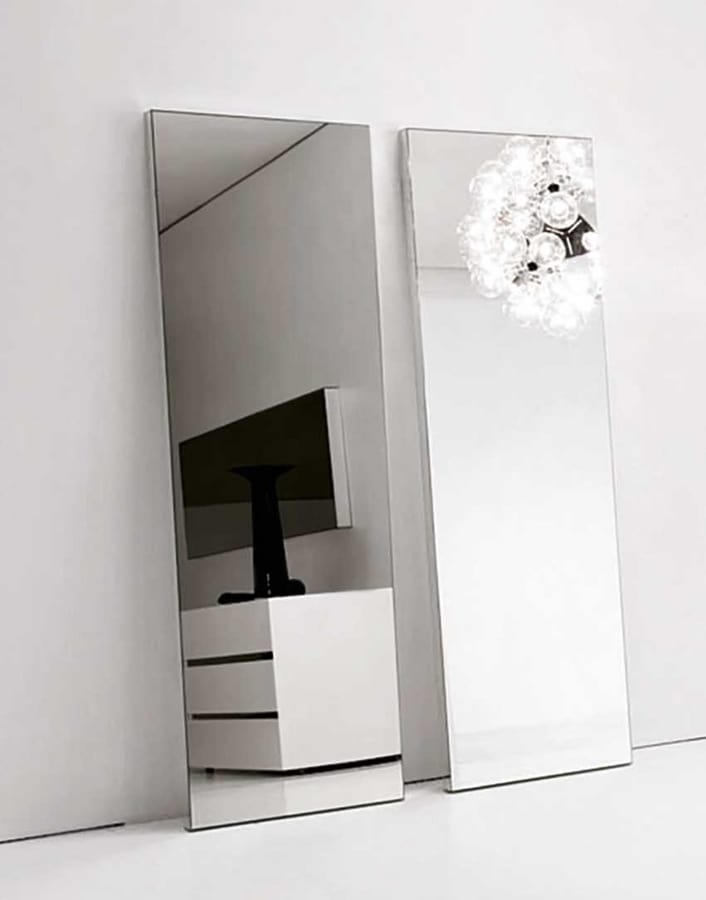 Specchio dalla linee essenziale in varie misure idfdesign