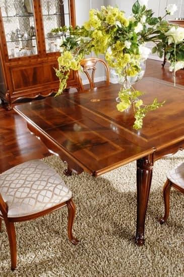 Tavolo classico in legno intagliato per sala da pranzo idfdesign - Tavolo allungabile classico ...