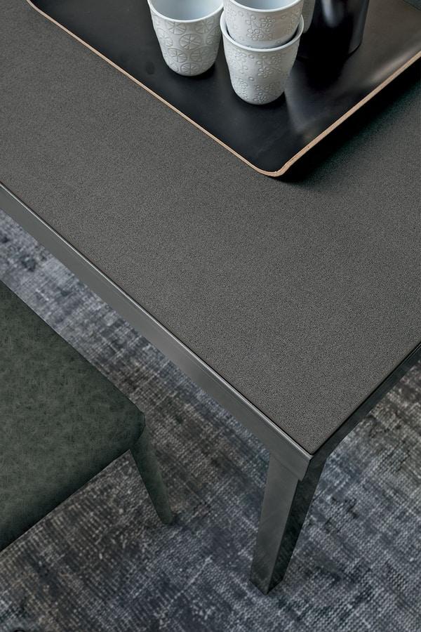 Tavolo allungabile con base in metallo piano in laminato for Amazon tavoli allungabili
