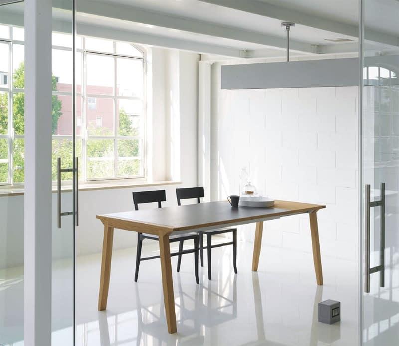 Tavolo allungabile con piano in legno per sala da pranzo for Tavolo da pranzo con sedie