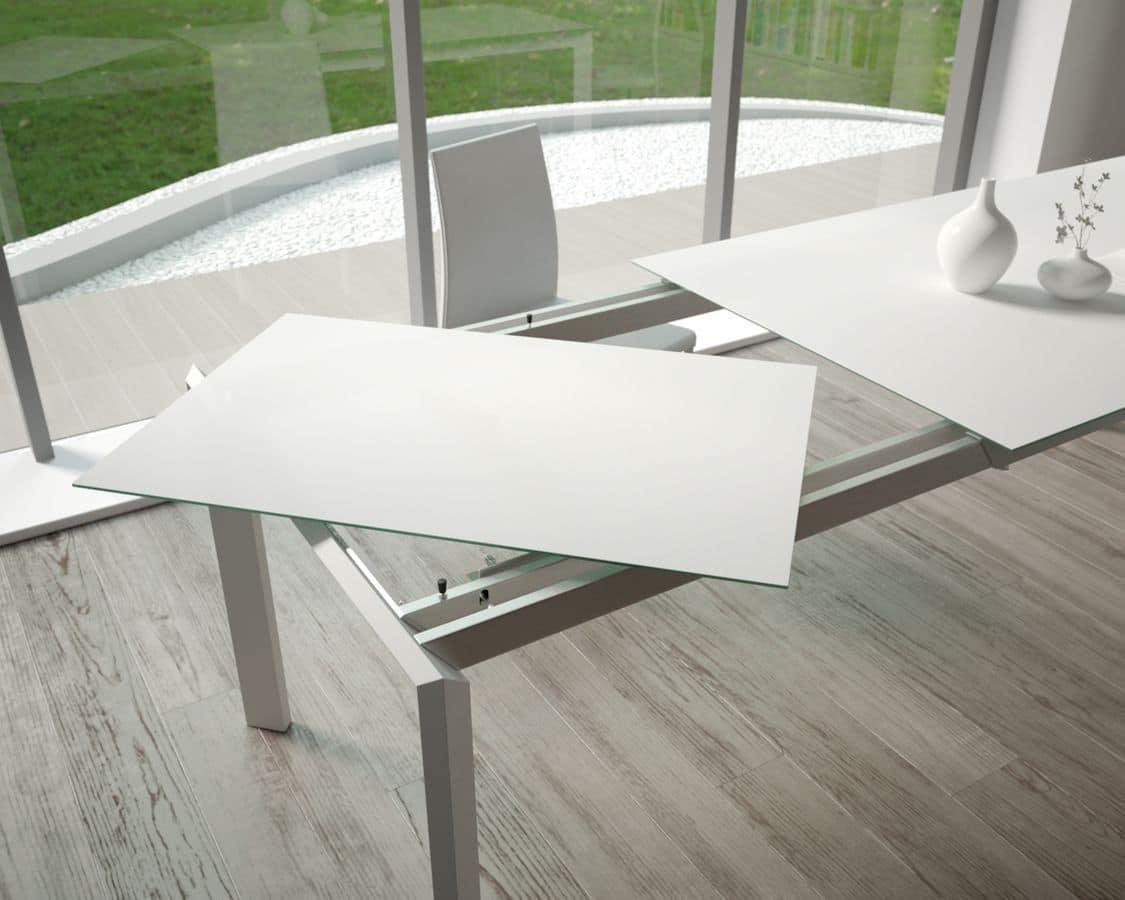 Tavolo estensibile con piano in vetro temperato per cucine idfdesign - Tavoli da sala allungabili ...