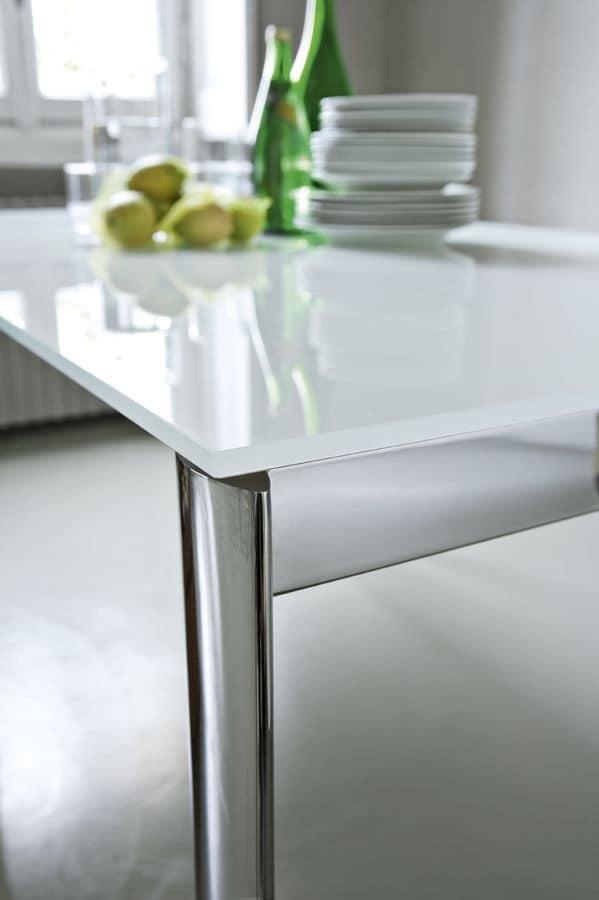 Tavoli con piano antigraffio per cucina, tavoli allungabili con ...