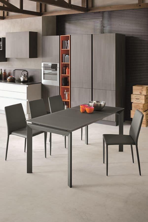 Tavolo moderno con piano in vetro temperato ideale per cucine ...