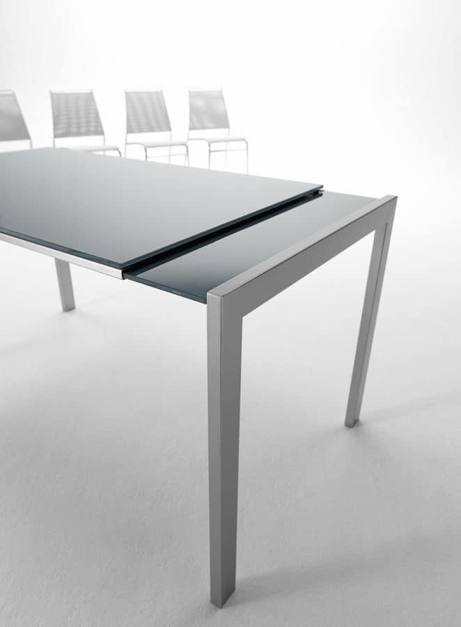 Oplà, Tavolo allungabile con piano in cristallo antigraffio