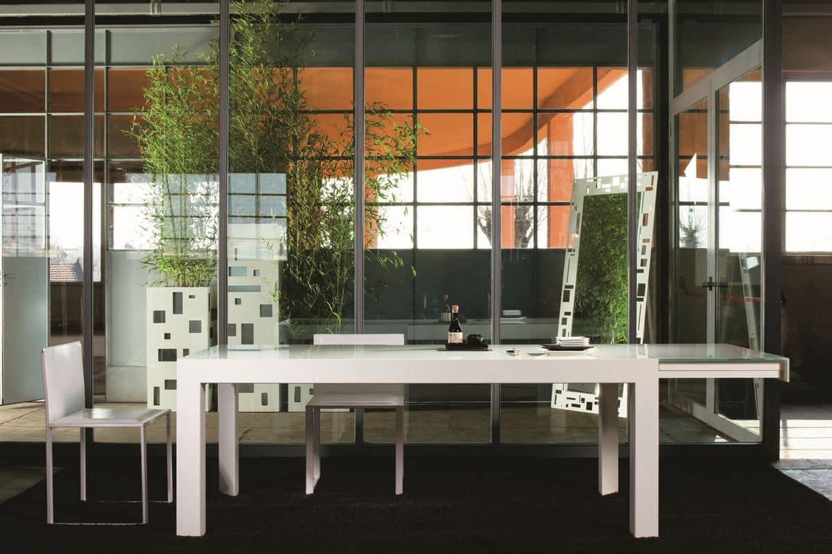 Tavolo allungabile in metallo laccato piano in cristallo for Amazon tavoli allungabili