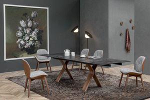 STILL, Tavolo fisso o allungabile con base in legno curvato e piani in ceramica