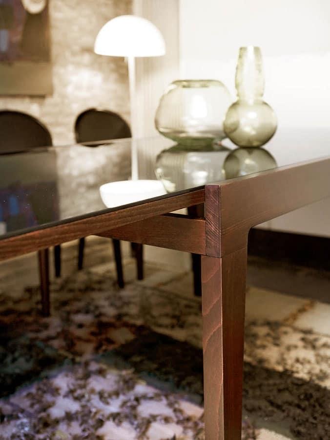 Tavolo quadrato con piano in cristallo, per Alberghi  IDFdesign