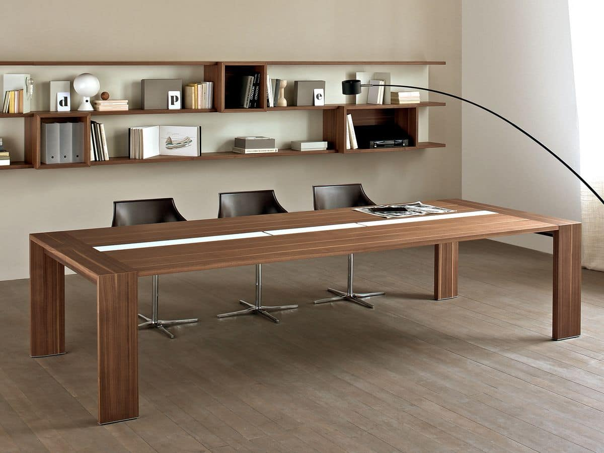 tavolo in legno per sala riunione con canaletta passacavi