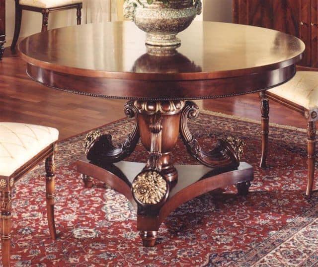 Tavolo rotondo per sala da pranzo classica idfdesign - Divano e tavolo da pranzo ...