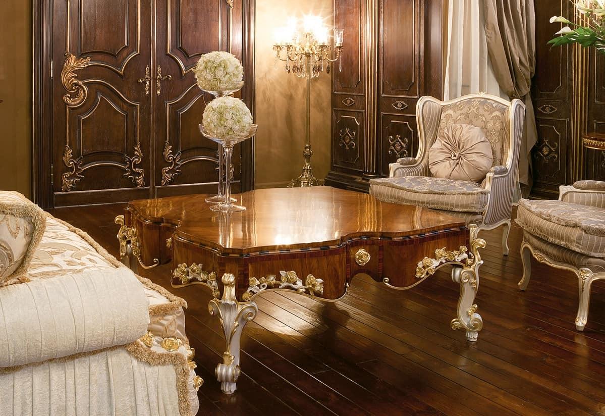 Tavolino di lusso con piano in ulivo stile classico for Tavoli classici