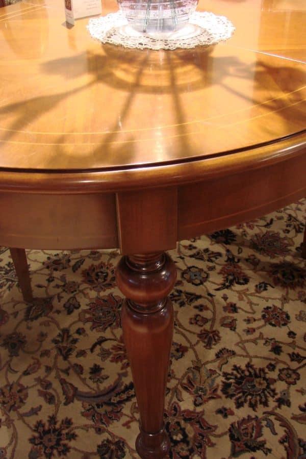 Art. 802, Tavolo ovale classico per la cucina, allungabile