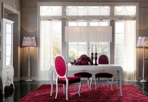 Tavolo classico con piano in vetro e legno gambe decorate for Camera da pranzo contemporanea