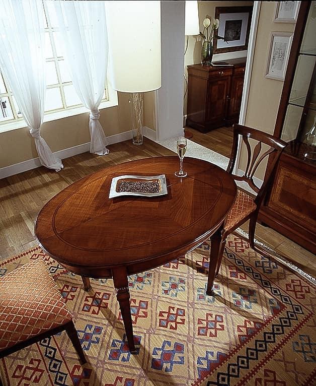 D 308, Tavolo ovale, in ciliegio, allungabile, con piano liscio