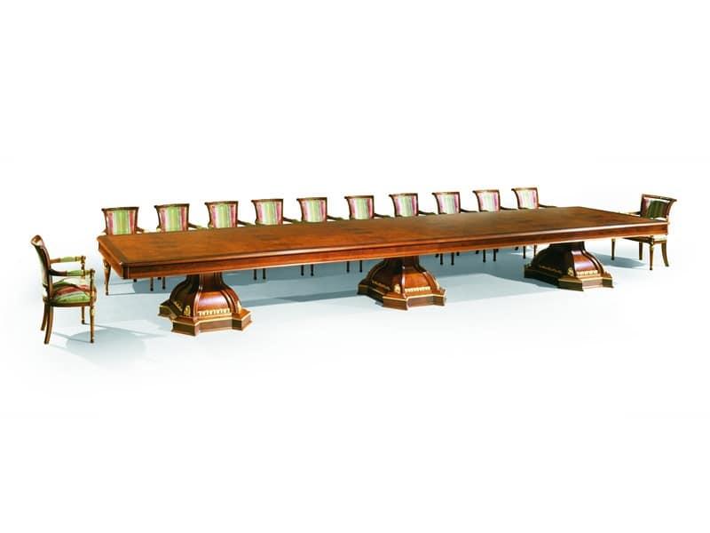 Document moved - Tavoli classici in legno ...