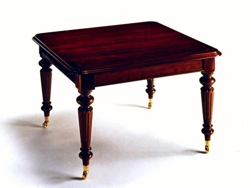 Tavolo quadrato in stile classico allungabile idfdesign - Tavolo allungabile classico ...